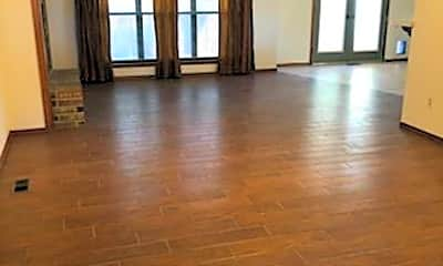 Living Room, 600 Westview Dr, 2