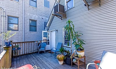 Patio / Deck, 1057 N Hermitage Ave, #2R, 0