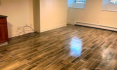 Living Room, 202 N Pearl St, 2