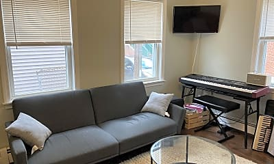 Living Room, 123 Willow St, 0