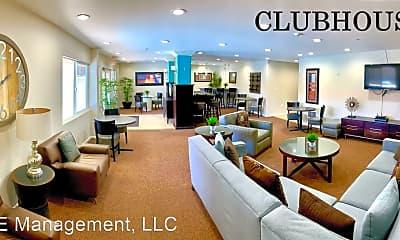 Living Room, 211 Yacht Club Way, 2