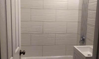 Bathroom, 14016 S Atlantic Ave, 2