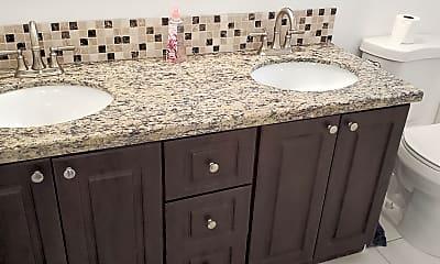 Bathroom, 1511 NE 12t Ter F-1, 1