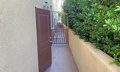 Patio / Deck, 14055 Archwood St, 2