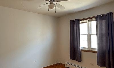 Bedroom, 6024 N Avondale Ave, 2