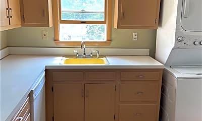 Kitchen, 46 Summit St, 1
