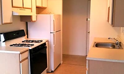 Kitchen, Shady Cove Apartments, 2