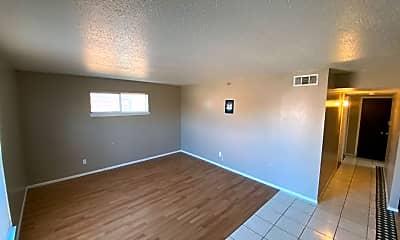 Living Room, 7413 Melrose Ln, 2