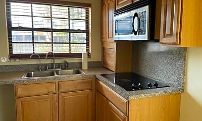 Kitchen, 3800 SW 128th Ave 3800, 1