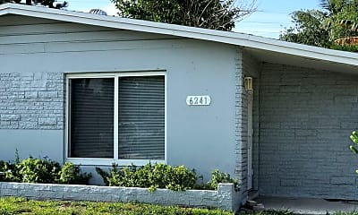 Bathroom, 6241 SW 38th Ct, 2