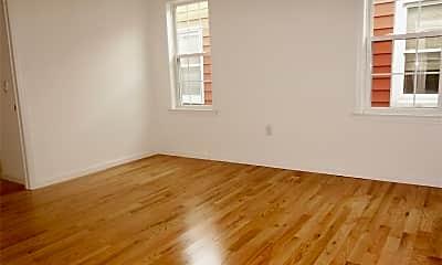 Living Room, 66-60 71st St 2, 2