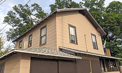 Building, 2826 10th St N, 2