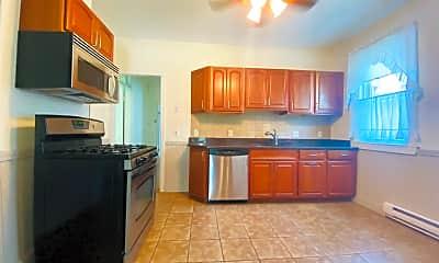 Kitchen, 72 Roseclair St, 1