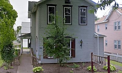 Building, 765 Park Ave, 1