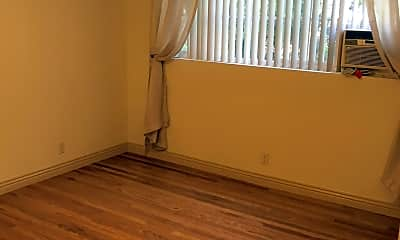 Bathroom, 1014 4th St, 2