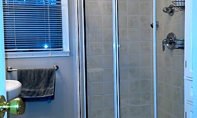 Bathroom, 120 Cortland Cir, 2