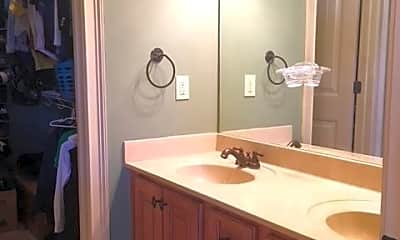 Bathroom, 1076 Runningvine Ln, 2
