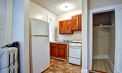 Kitchen, 39 Charter Oak Place, 1