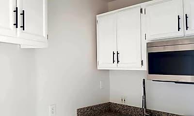 Kitchen, 1812 Wilcox Ave, 1