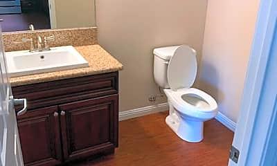 Bathroom, 920 Central Ave, 2