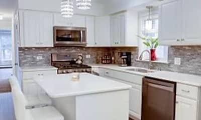 Building, 5043 W Cornelia Ave 1, 1