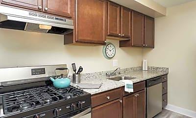 Kitchen, Stevens Walk Apartments, 0