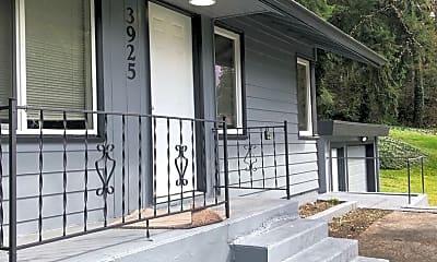 Patio / Deck, 3925 Meridian Ave E, 1