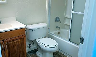 Bathroom, 45 Wilson Ave, 2