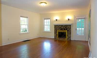 Living Room, 130 North St, 1