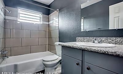 Bathroom, 4525 Balkin St, 1