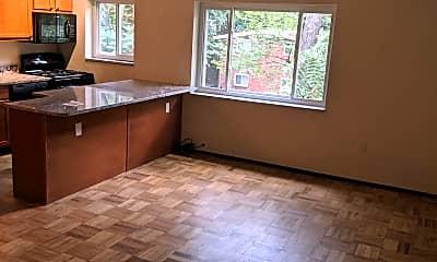 Kitchen, 124 Lacrosse St, 0