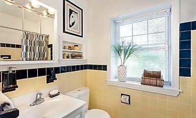 Bathroom, 620 VFW Parkway, 1