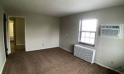 Living Room, 557 Telford Ave, 1