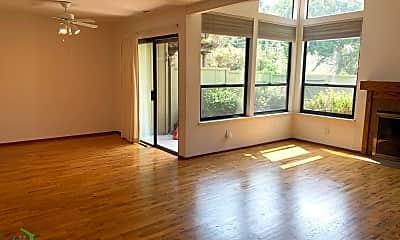 Living Room, 2731 Subec Ln, 1