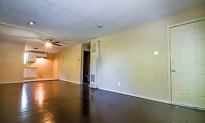 Living Room, 512 S Monumental St, 1
