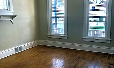 Living Room, 2446 N Holton St, 0