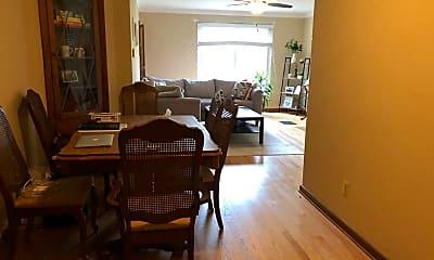 Living Room, 1764 Northwest Blvd, 1