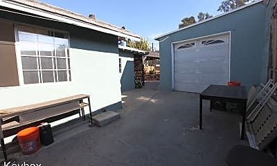 Building, 640 S Mott St, 2