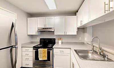 Kitchen, Meadows at Cascade Park, 0