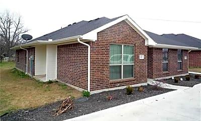 Building, 223 E Cooper St, 0