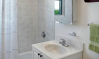 Bathroom, Parkside Place, 2