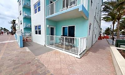 Building, 2600 N Surf Rd 103, 0