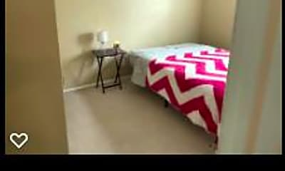 Bedroom, Room for Rent - Live in Lithonia, 2