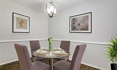 Dining Room, 2813 Meadow Park Dr B, 1