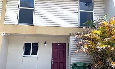 Building, 3340 Simms St 10, 1