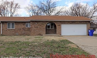 Building, 328 S Kiowa Ct, 1