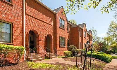 Building, 255 Westchase Dr, 1