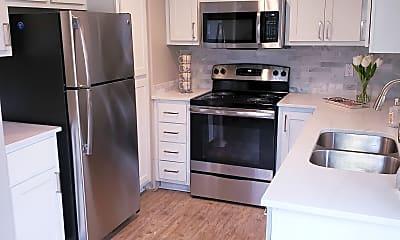 Kitchen, Village at Lakewood, 1