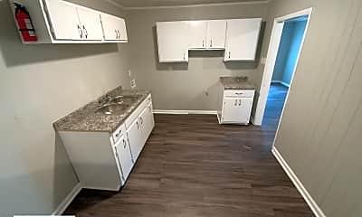 Kitchen, 3228 Rochester Rd, 1