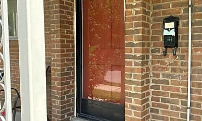 Bathroom, 1501 Cowling Avenue #2, 1